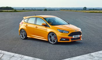 Ford Focus ST completo