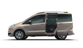 Ford Tourneo Courier lleno