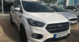 FORD KUGA ST LINE S&S 4 WD
